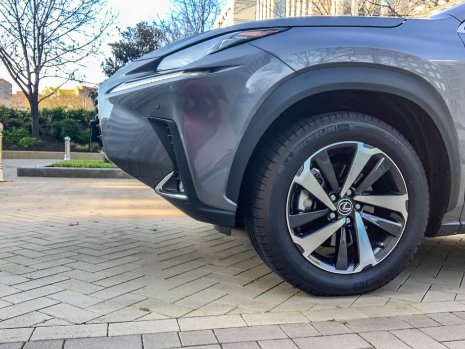 Lexus NX300h Luxury
