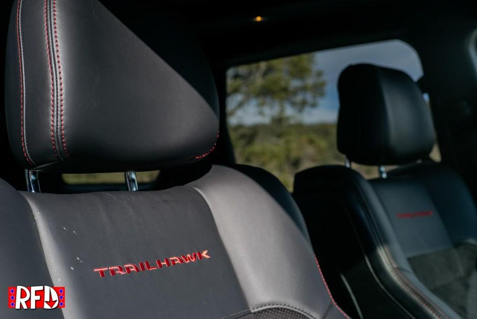 Jeep Grand Cherokee Trailhawk seats