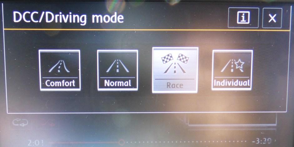 Golf R DCC screen