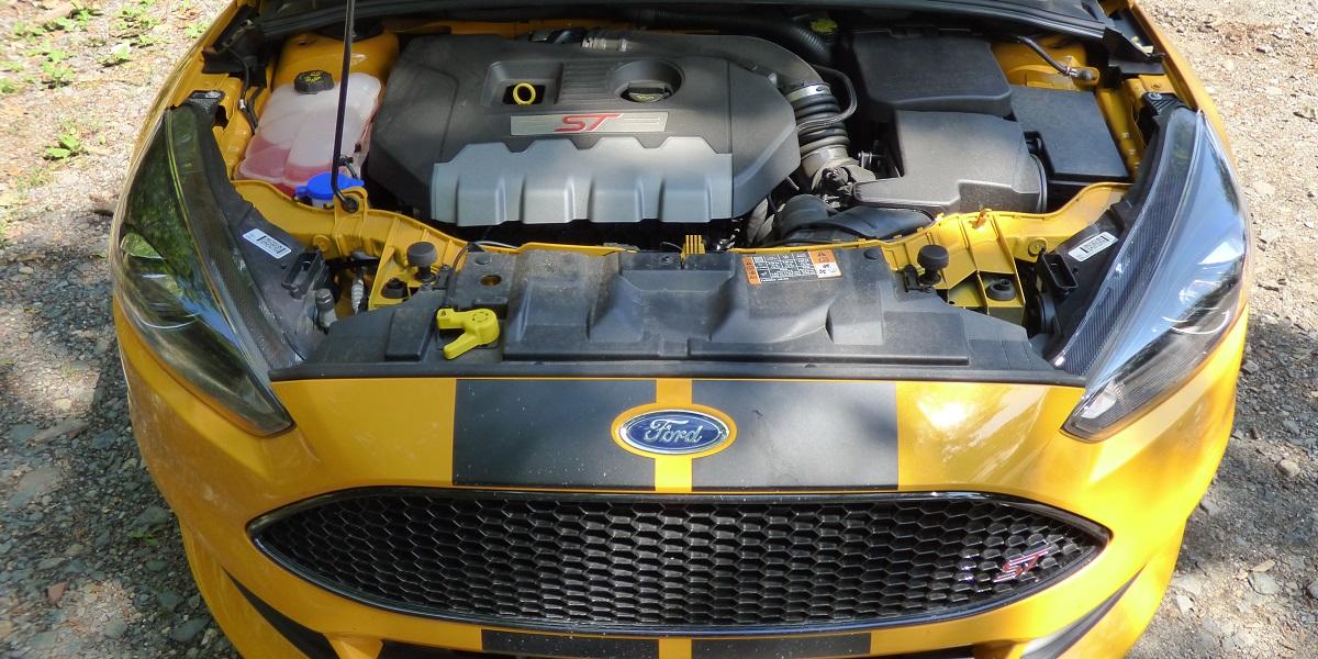 Ford Focus ST motor