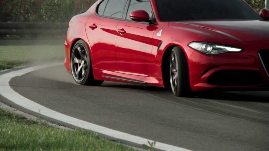 Alfa Romeo Giulia Quadrifoglio power slide