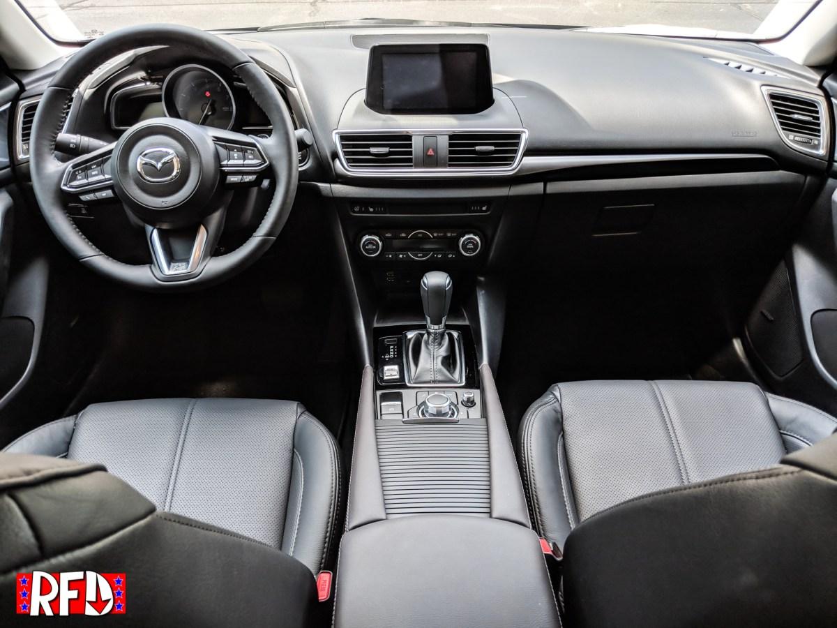 2018 Mazda Grand Touring 5-door