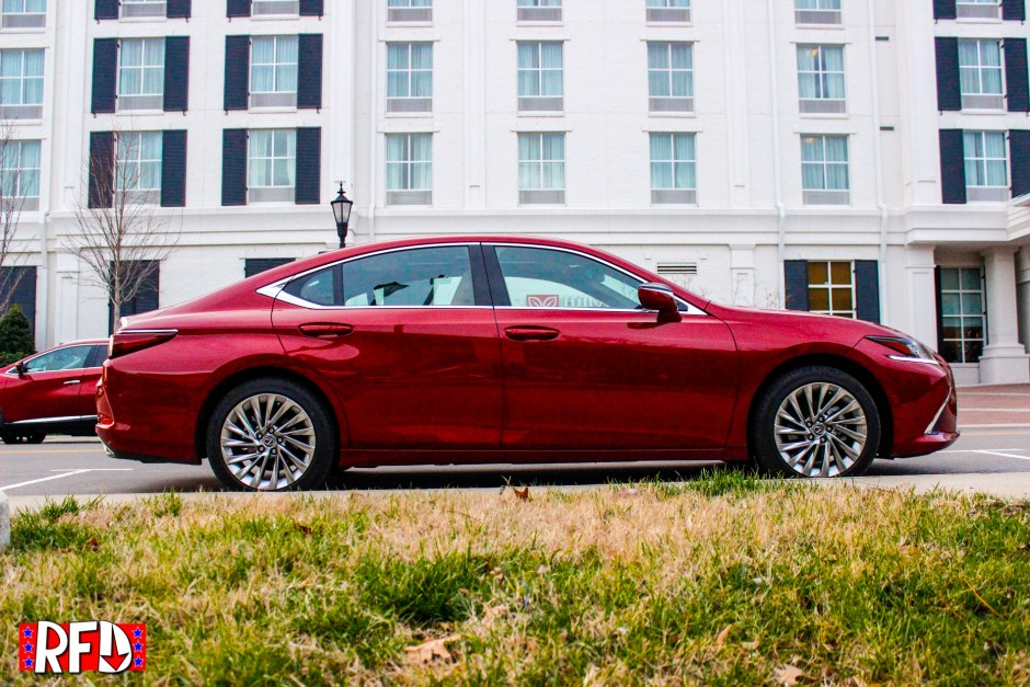 2019 Lexus ES350 Ultra Luxury