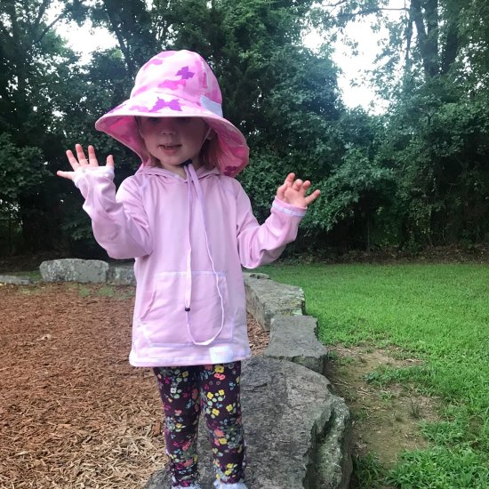 Veyo kids sun hat and sun hoodie is a great way to protect your children