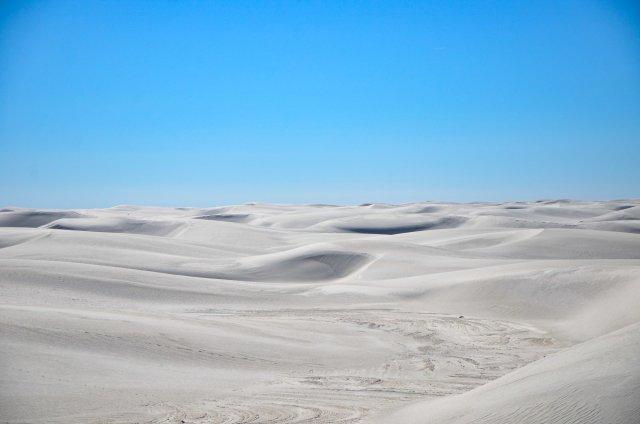 White sands undulates along the Alkali Flat Trail