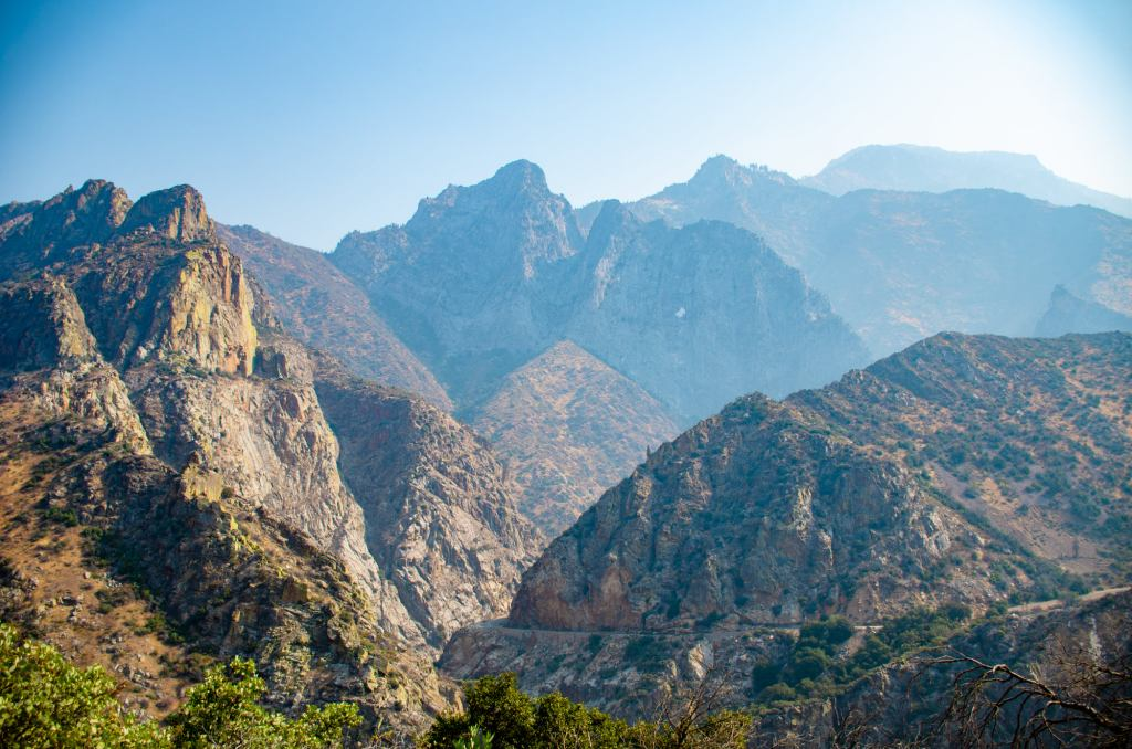 Mountains are shown in Kings Canyon National Park