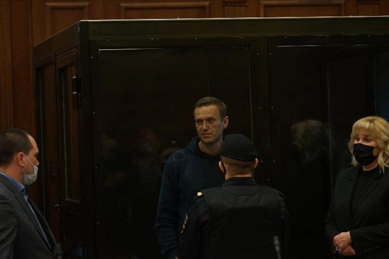 OVD-Info Weekly Bulletin No. 196: Navalny declares a hunger strike