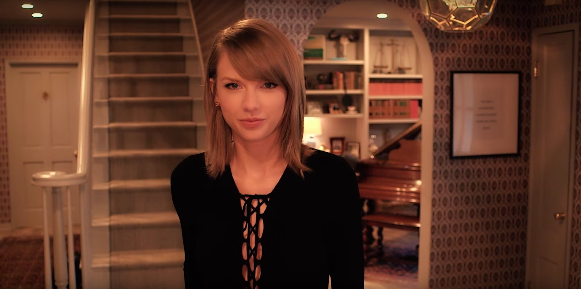 Taylor Swift Answers 73 Questions And It Gets Kind Of