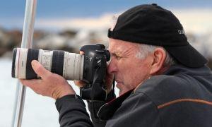 Marc Brown shooting Kandu (photo Dina Pielaet)