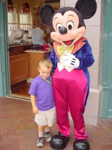 Bryce and Mickey @D'land in 2005