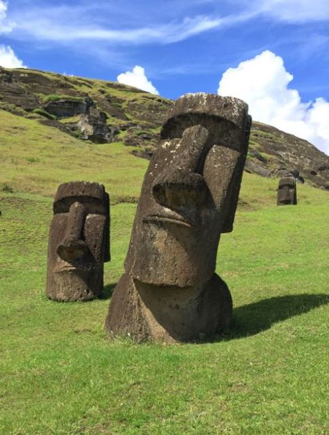 Most famous Moai pose!