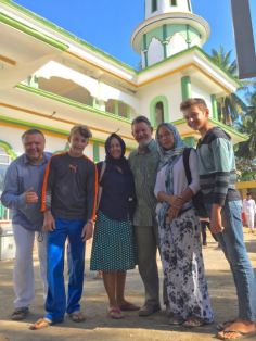 Bolo, Bryce, Leslie, Peter Cranfield, Natalia and Trent in front of Medana Bay mosque.