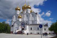 Die schlichte Nikolaj-Rubljanyi-Kirche...