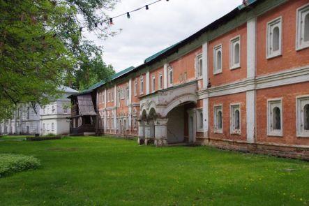 Das wehrhafte Christi-Verklärungs-Kloster...