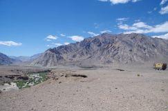 Blick über den grünen Canyon des Flusses Murgab.