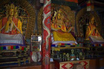 Innenansicht des rechten Zuu mit den Buddhas zur Vergangenheit, Gegenwart und Zukunft