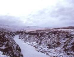 0200-Joekulsa-zugefroren