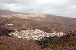 Typisches Dorf im Norden von Andalusien
