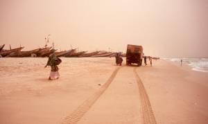 Ankunft in Nouakchott; noch immer ist viel Sandstaub in der Luft