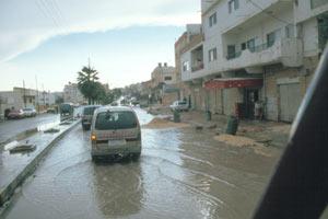Sintflutartige Regenfälle bei der Einreise in Shouna