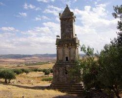 0730_Dougga_Mausoleum