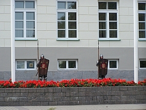Wache vor dem Palast