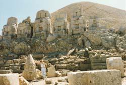 Götterstatuen auf dem Nemrut Dagi