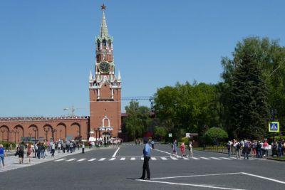 Im Kreml - Blick zum Erlöser-Torturm