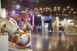 ...den Werdegang der russischen Weltraumeroberung, vom Sputnik bis zur MIR