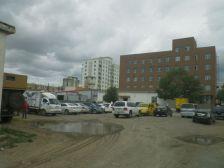 Das DHL-Gebäude und die Zollabfertigung