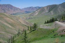 Blick vom Khukh-Khutui-Pass ins Delger-Mörön Tal...