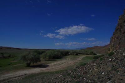 Dieser schöne Stellplatz am Fluss von Ulaangom bleibt uns...