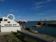Puerto Deseado, Ausgangspunkt für die Bootstouren zur Isla Pinguina