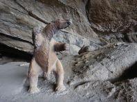 ... in der 1895 das Skelett eines ca. 4 m hohen Riesenfaultieres gefunden wurde.