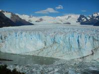 Imposant, die bis zu 70 m hohe Gletscherzunge…