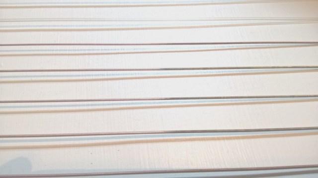 snaren reinigen van een camac harp