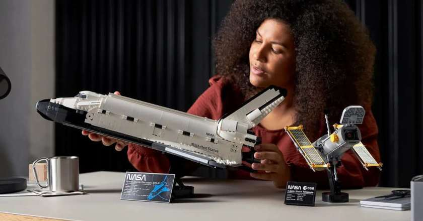 Lego unveils its most significant and most detailed space shuttle