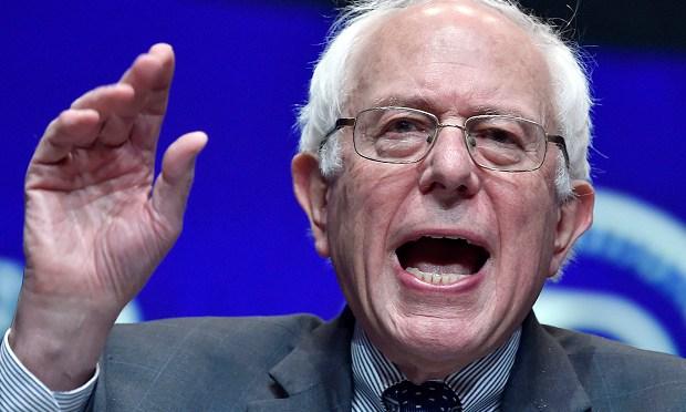 The media is manufacturing fake #BernieSanders #race problems | #MSM on Blog#42