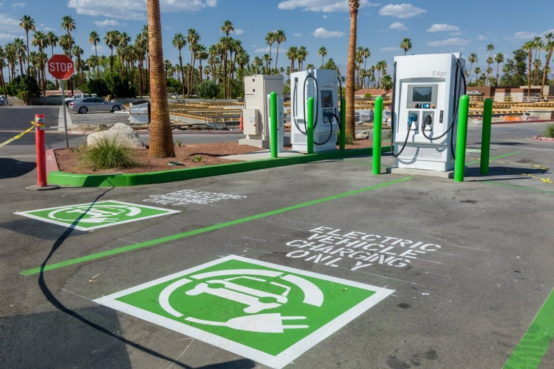 Rancho Las Palmas SC - Charge Station