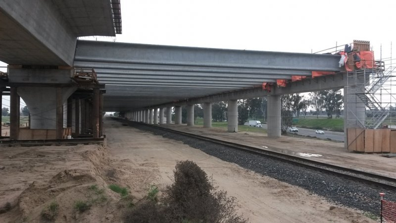 Spanning Union Pacific Railway, San Joaquin River Viaduct Pergola Structure