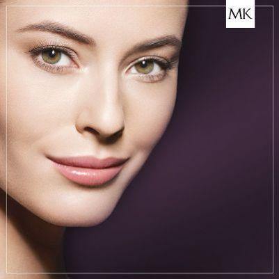 Base de maquillaje: Look natural de Mary Kay