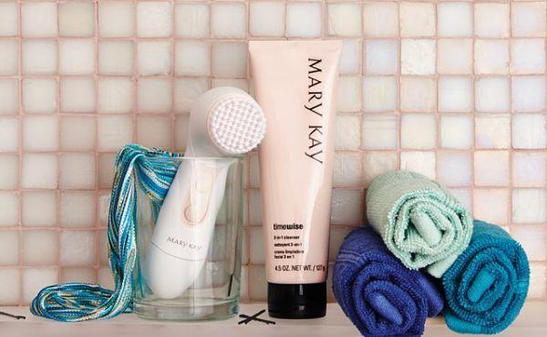 ¿Por qué es importante una limpieza facial? LIMPIADORA timewise Y CEPILLO
