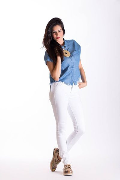 Look de verano de Queens La Laguna: Denim con blanco