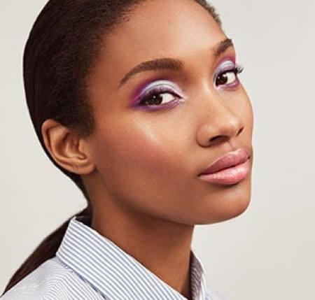 Maquillaje Reinventa la Luz Light Reinvented Mary Kay: hora del ocaso