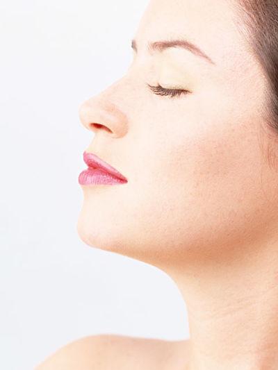 ácidos orgánicos para la belleza de cara y cuello: ácido hialurónico