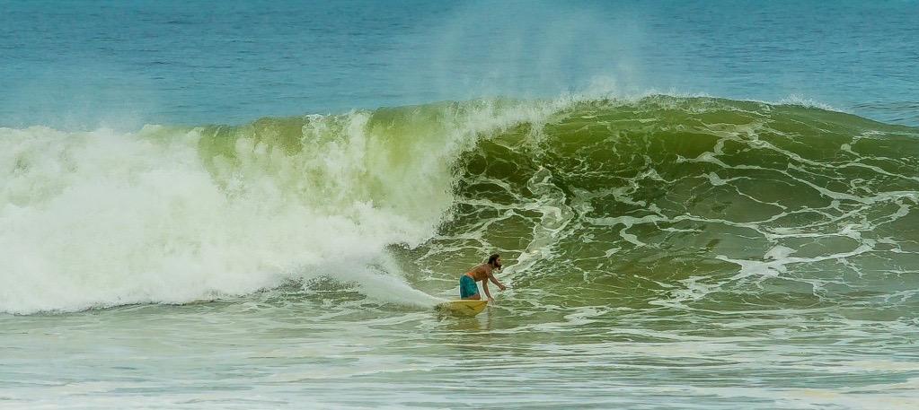 double overhead waves hit