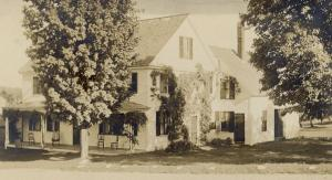 An early photograph of the Freeborn Stearns House