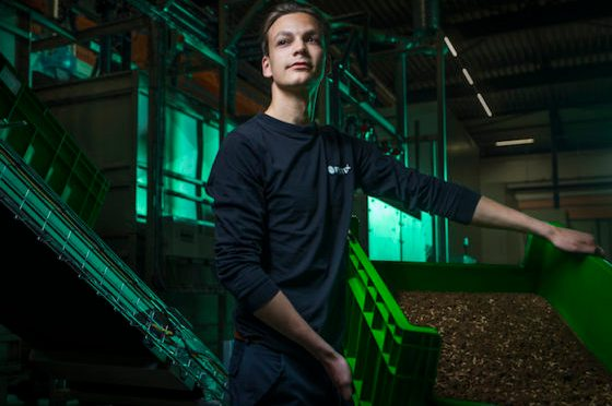 DutchNews.nl: 'Good grub: Are insects the answer to unsustainable pet food?'