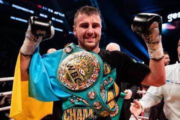 Oleksandr Gvozdyk wrests title from Adonis Stevenson with 11th-round  stoppage - The Ring