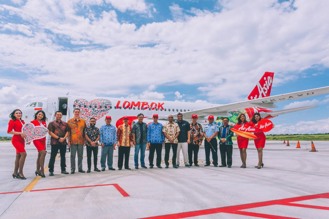 air asia route from perth australia to lombok